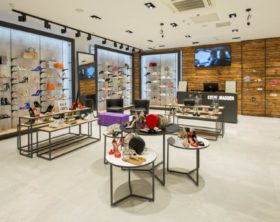 Steve Madden Retail SEE Group
