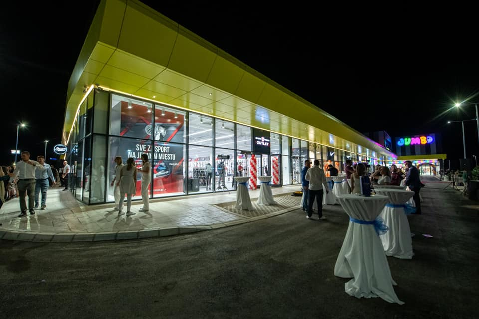 Extra Retail Park Opening