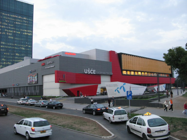 Ušće_shopping_center-retailsee